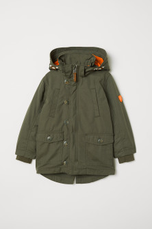Parka with removable liningModel