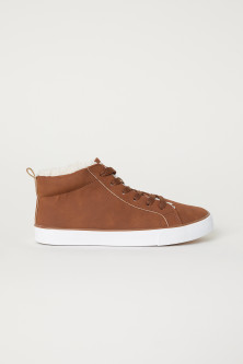Sneakers - medium high