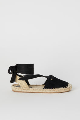 c4ecf787a5bd Espadrilles with Lacing