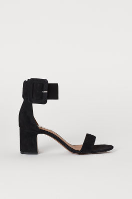 ee17f5bb Novedades – Lo último en calzado y accesorios para mujer | H&M ES