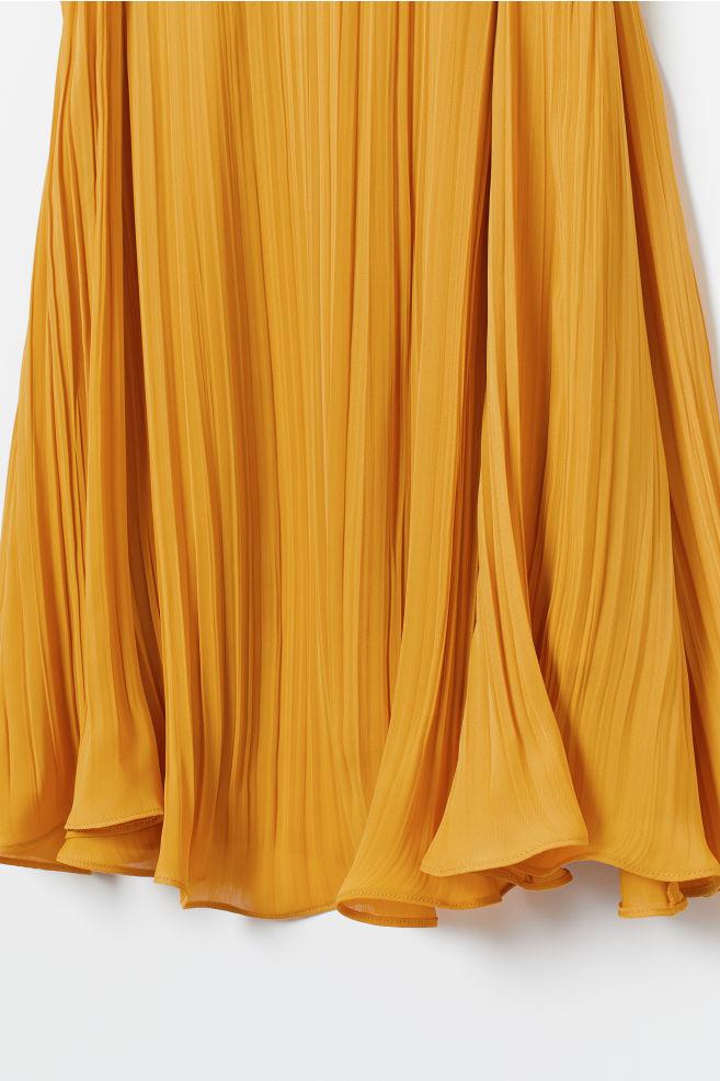 4068342ab8632 ... V-neck Dress - Dark yellow - Ladies | H&M ...