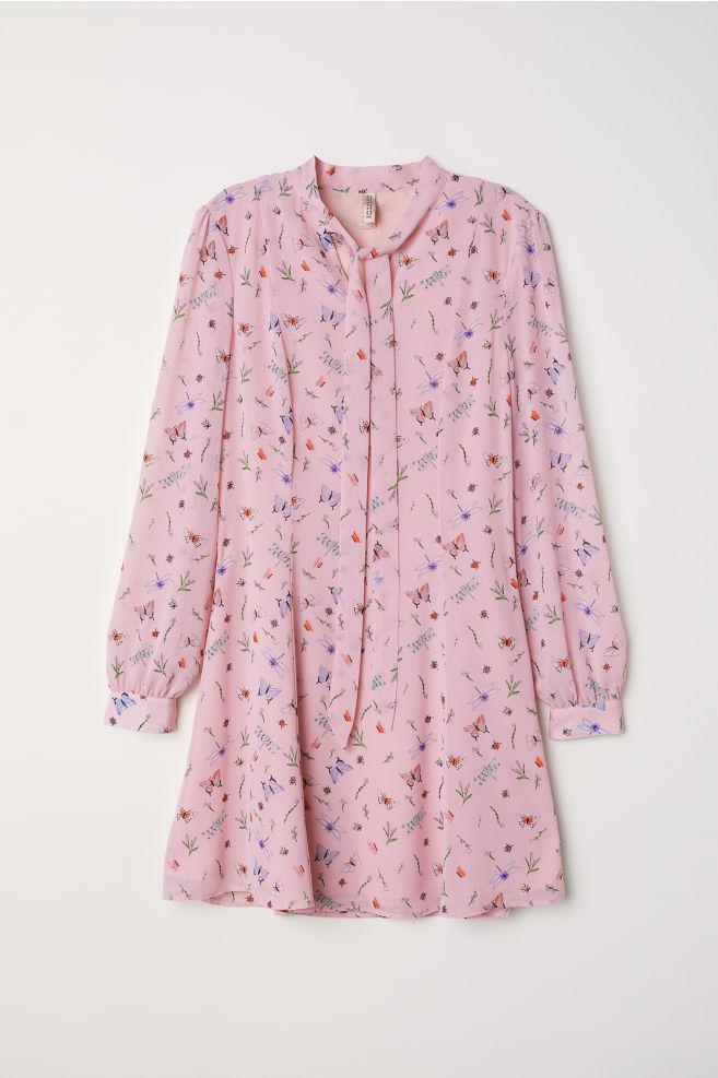 ecc491e4 Chiffon dress - Light pink/Butterflies - Ladies | H&M 1