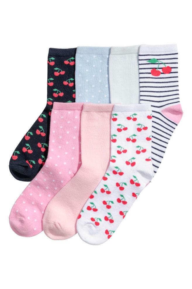 8f59475f5f 7 pár zokni - Fehér/cseresznye - GYEREK | H&M ...