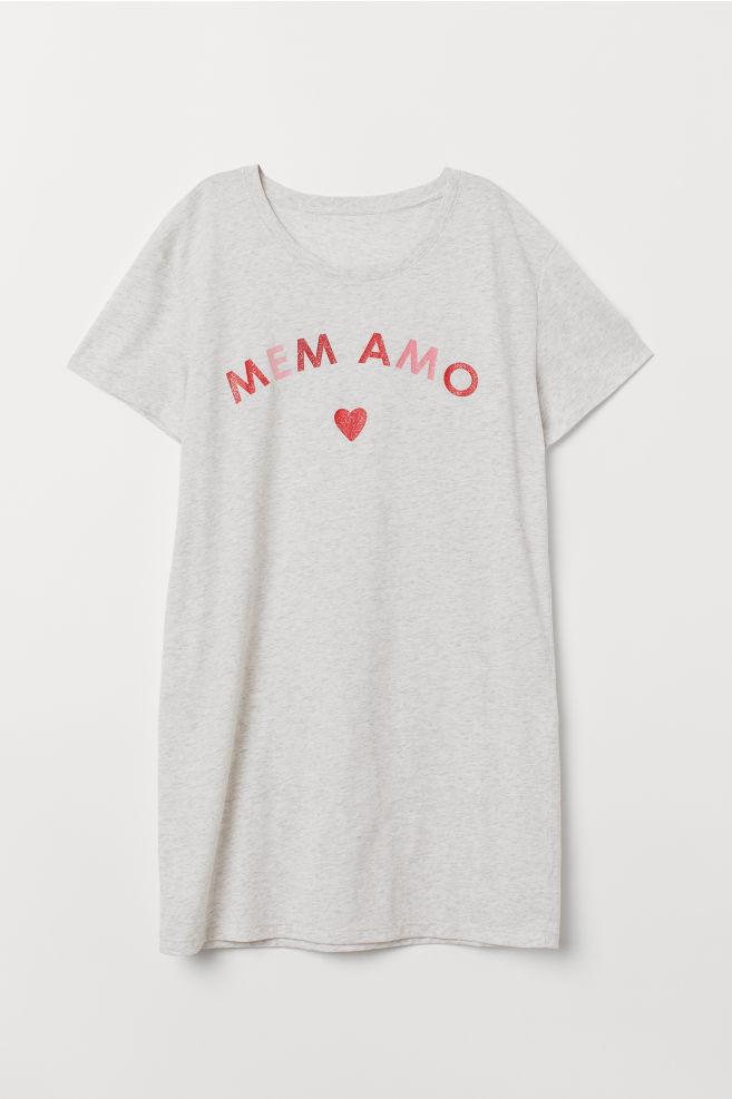 9c13674cb0f5 ... Nočná košeľa s potlačou - svetlosivá melírovaná Mem Amo - ŽENY