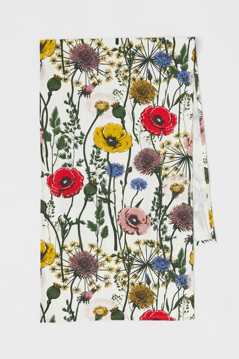 Patterned cotton table runner - White/Meadow flowers - Home All | H&M CN