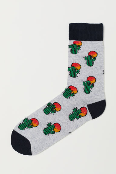 Jacquard-patterned socks - Light grey marl/Cacti - Men | H&M