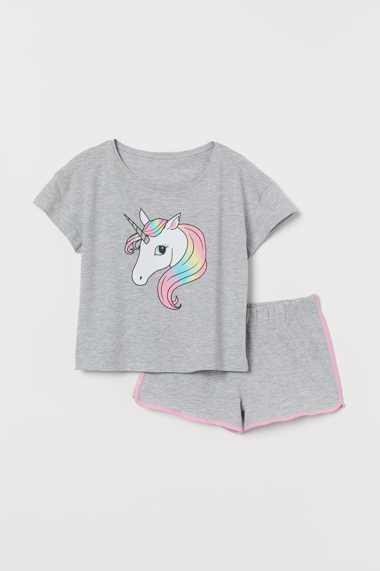verkauf uk 2018 Schuhe 2019 authentisch Schlafshirt und Shorts