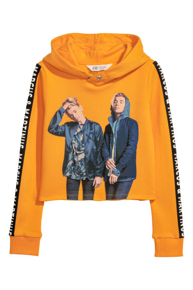 Short printed hooded top - Orange/Marcus & Martinus - Kids | H&M CN
