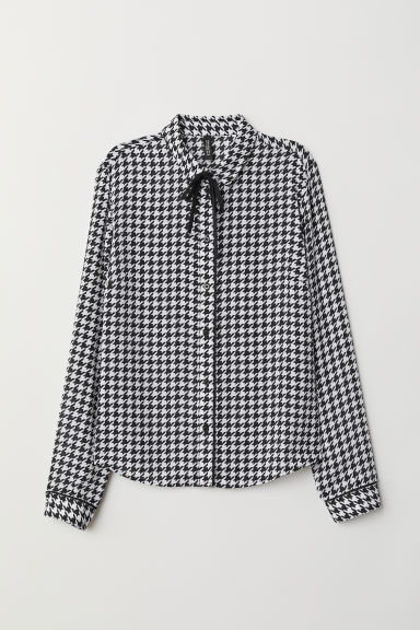 Blouse with ties - Black/Dogtooth-patterned -  | H&M