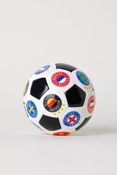ec243d917be Lille fodbold - Hvid - BØRN | H&M DK