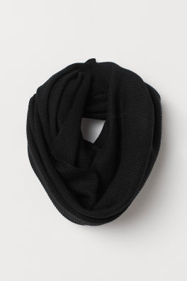 877138d9a712b Knitted tube scarf