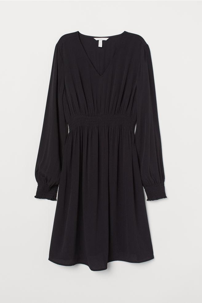 d77628b2ed166 MAMA Smocked Dress - Black - Ladies | H&M ...