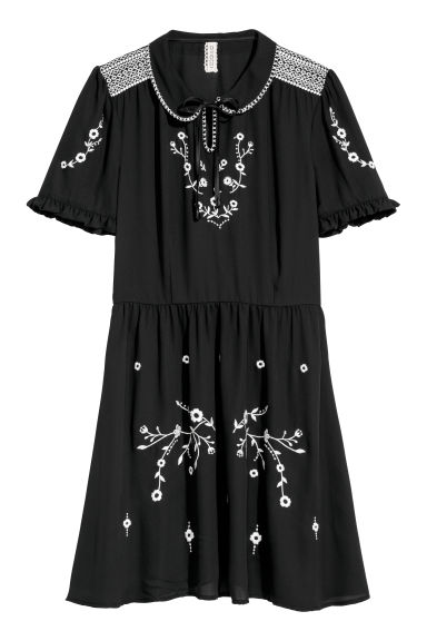 Chiffon dress with embroidery - Black/Flowers - Ladies | H&M