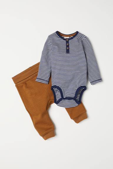 Body e pantaloni - Marrone/righe - BAMBINO | H&M IT