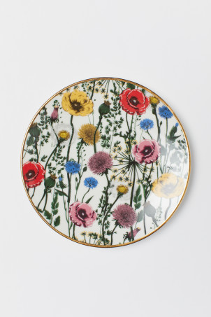 Porcelain Plate with Motif