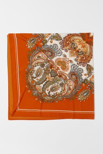 a8dad45c84271 Foulard à motif - Orange/motif cachemire - FEMME | H&M ...