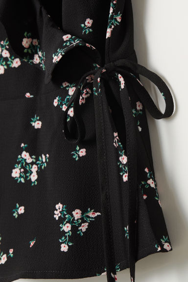Flounced wrapover strappy top - Black/Floral -  | H&M CN