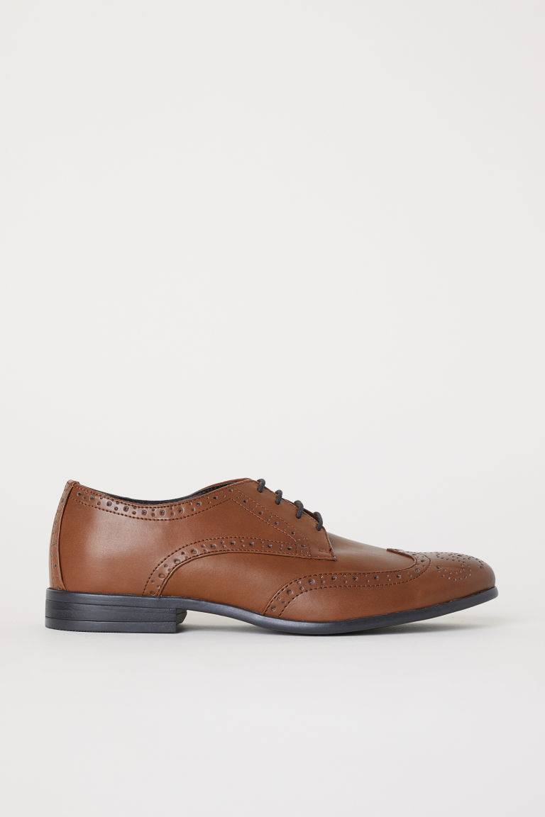 Brogues - Cognac brown - Men | H&M