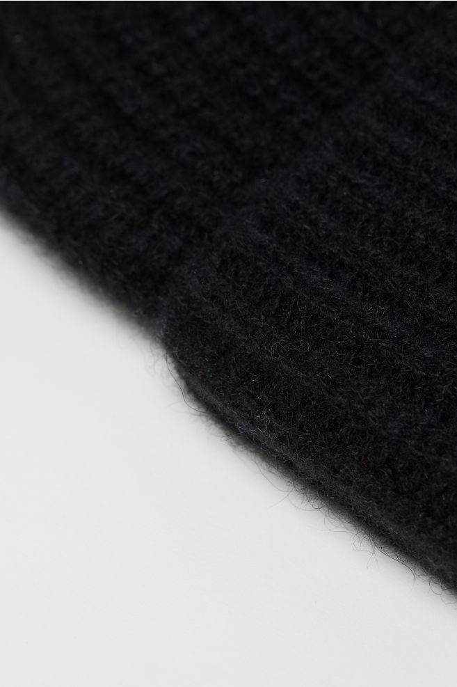 bc3573875ca7c Ribbed Cashmere Hat - Black - Men