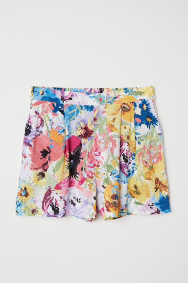 Patterned shorts - White/Large flowers - Ladies | H&M CN