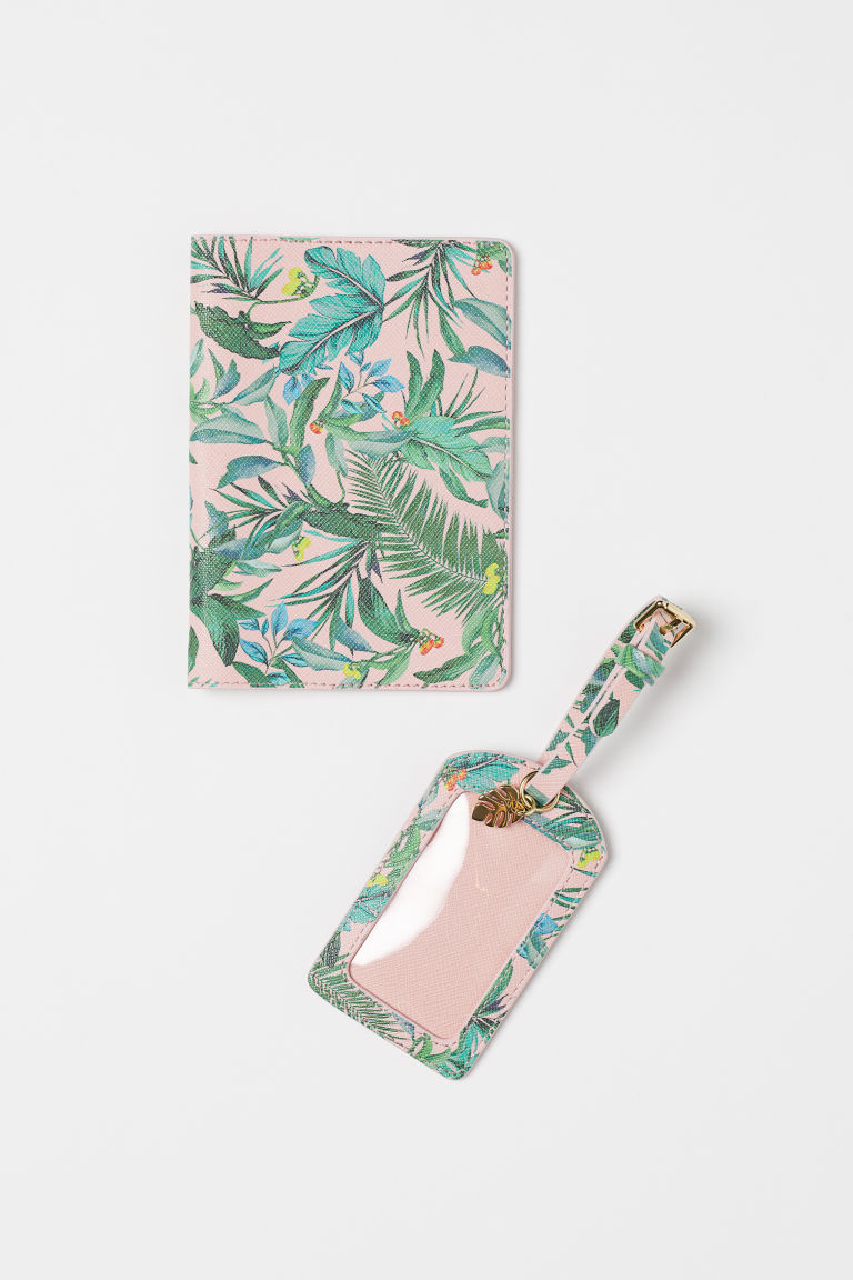Passport Cover and Luggage Tag - Light pink/leaf-patterned - Ladies | H&M CA