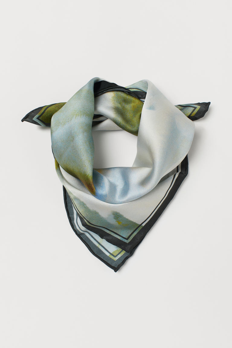 Patterned silk scarf - Green - Ladies | H&M