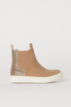 Warm-lined Chelsea boots