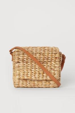39b7d4ef1a16b Geflochtene Handtasche