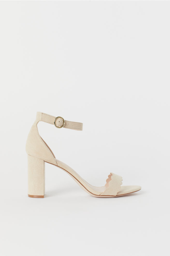 94f12b5fb8 Block-heeled sandals - Powder beige - Ladies | H&M ...