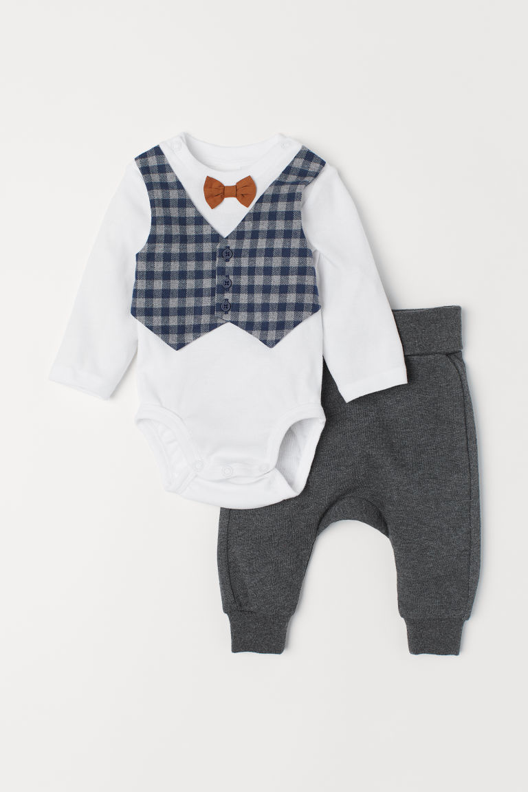 Bodysuit and trousers - White/Dark grey - Kids | H&M CN