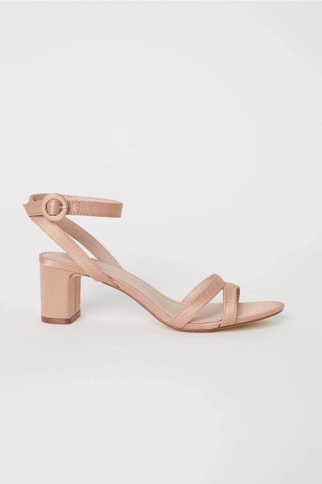 d8b1428c Sandaler med hæl - Mørk beige - DAME | H&M ...