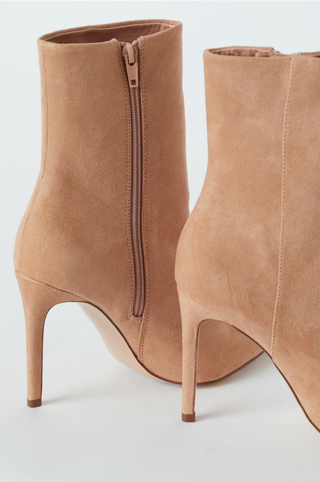 7ffa3a90e75c3 Ankle Boots - Powder beige - Ladies | H&M ...