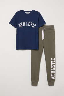 T-shirt and joggers