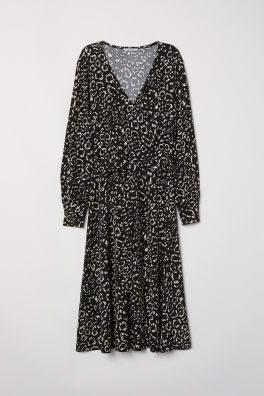 5aa1cb51 Black/Leopard print · Crêpe wrap dress