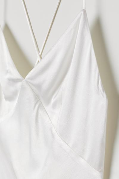 H&M - Vestido largo de satén - 6