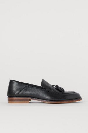 Tasselled leather loafers