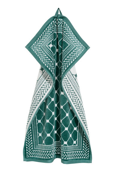 Jacquard-weave hand towel - Green/White patterned - Home All | H&M IE