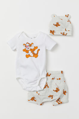 5aa3cff78e23 Newborn Baby Boy   Girl Clothes