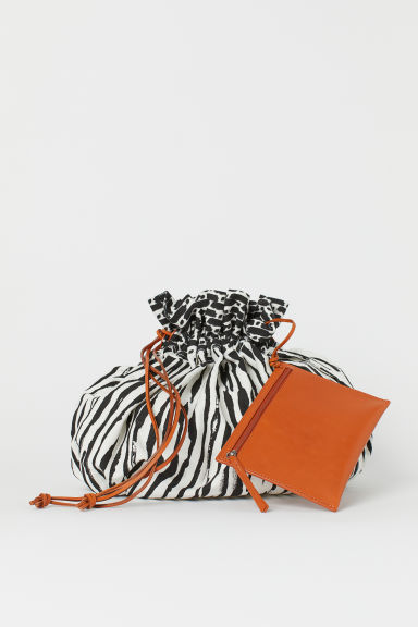 Canvas bucket bag - Black/White - Ladies | H&M