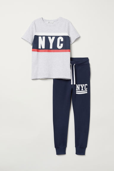 T-shirt and joggers - Light grey marl/NYC - Kids | H&M