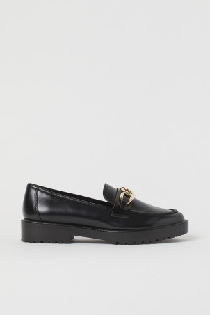 Chunky-soled loafersModel