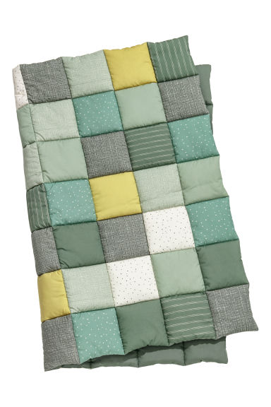 Quilted blanket - Green/Patterned - Kids | H&M