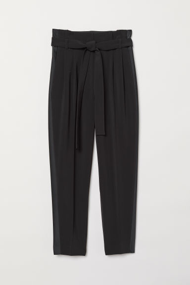 Tuxedo trousers with a belt - Black - Ladies | H&M CN
