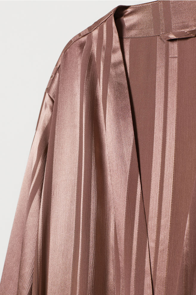 Satin dressing gown - Dark pink - Home All | H&M IE