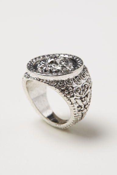 Engraved ring - Silver-coloured - Men | H&M CN