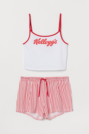 Pyjama strappy top and shorts