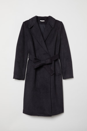 MAMA Coat with a tie belt