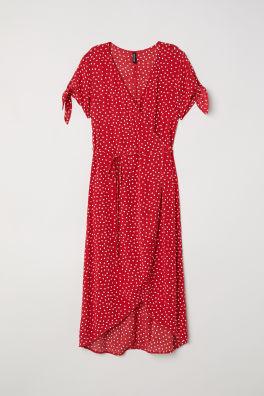 4034eb0371 Krótkie sukienki – najnowsze trendy online