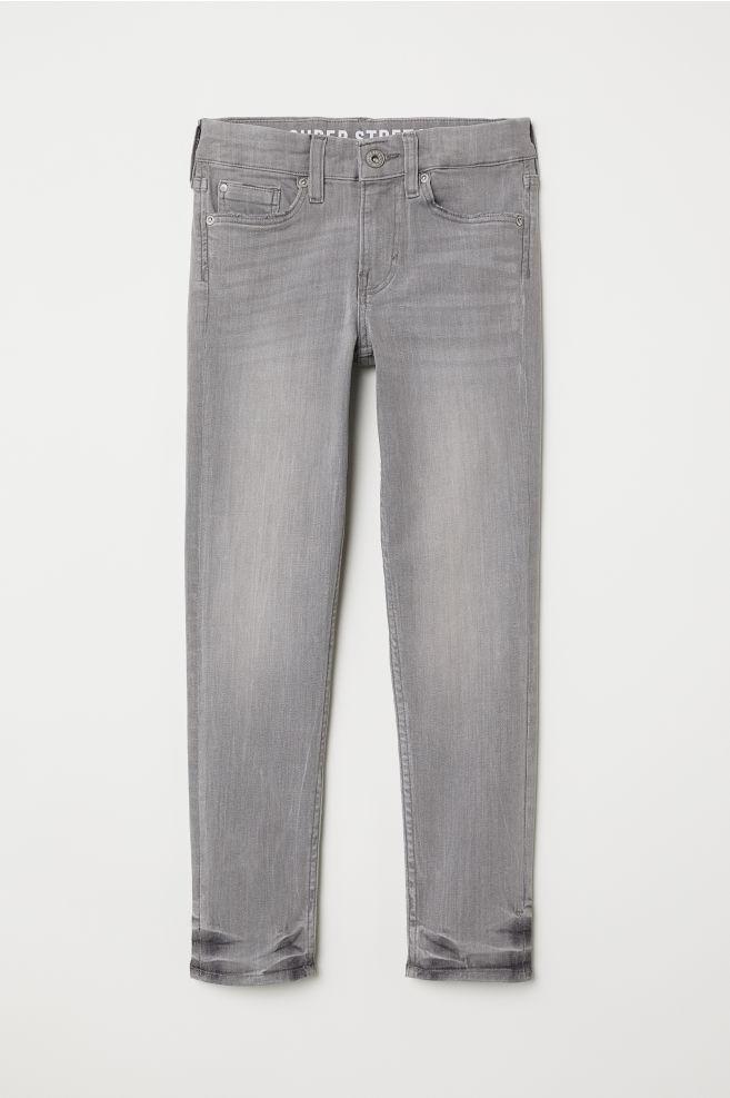 8191ceb8eb Superstretch Skinny Fit Jeans - Világosszürke farmer - GYEREK   H&M ...