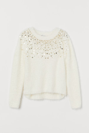 Fluffy jumper with sequins